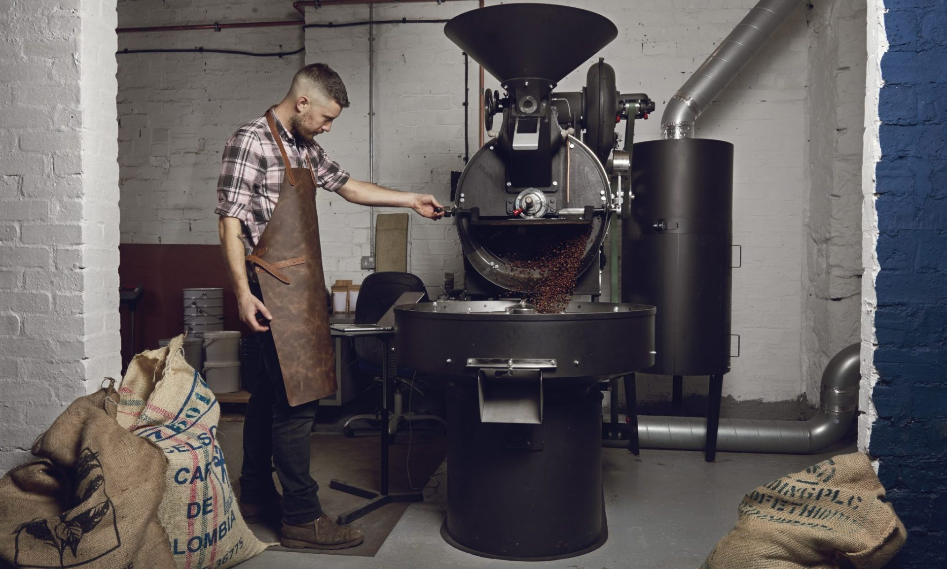 The Good Coffee Cartel - Roasting Coffee Beans